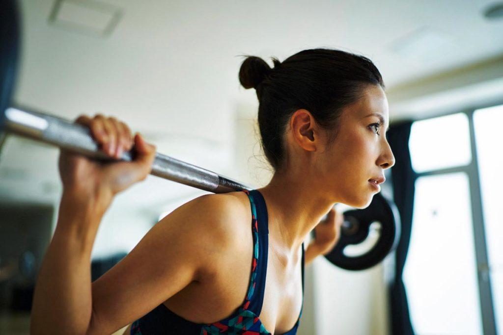 筋トレと頭痛の関係性は?運動したあと起こる理由と頭痛の種類まで解説!